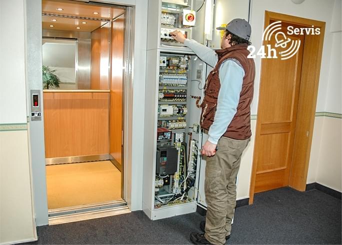 Servis a opravy výtahů
